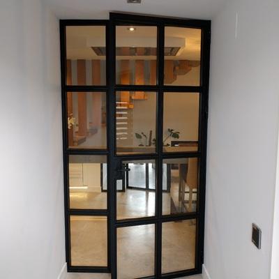 Puerta de hierro interior