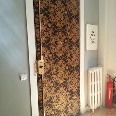 Puerta tapizada