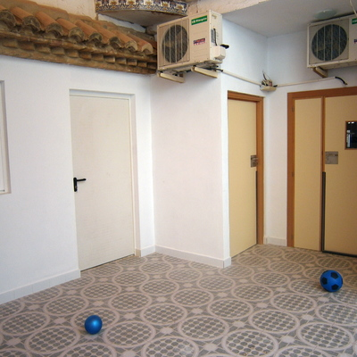 Puertas con antipilladedos en guardería