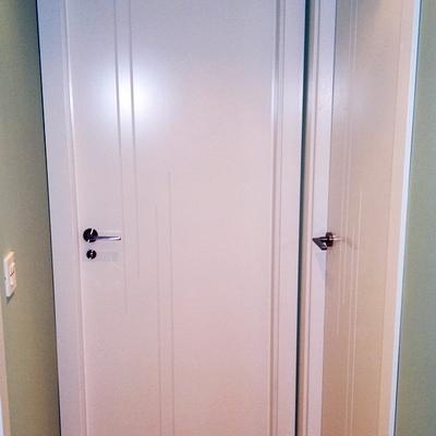 Puertas de paso. Lacadas.