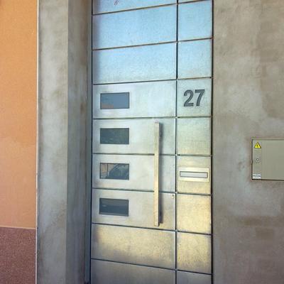 Puertas personalizadas.