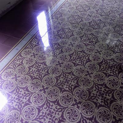 Pulido y cristalizado en mosaico hidráulico.