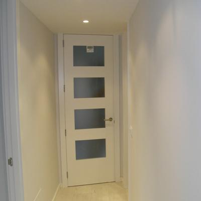 puerta de paso 4V