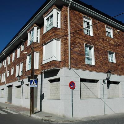 Bloques de viviendas y locales comerciales en Galapagar