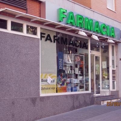 Reforma Local Farmacia