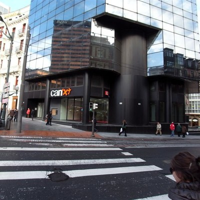Reforma oficina Can plaza circular Bilbao.