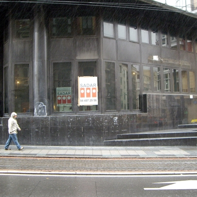 Reforma oficina Can plaza circular de Bilbao.