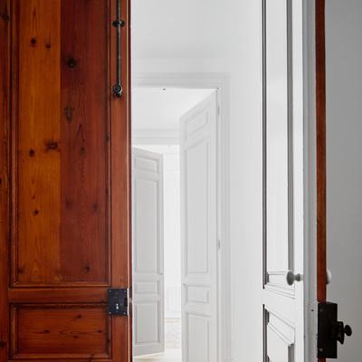 Puertas madera Poblenou