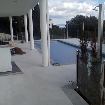 Reforma terraza y piscina