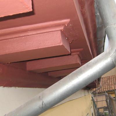 Rehabilitación de alero en edificio protegido del Siglo XIX.