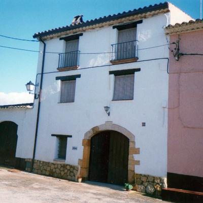 Rehabilitación de casa rústica y fachada