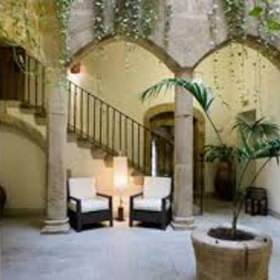 Rehabilitacion de Hotel en Cáceres de 4 estrellas en parte antigua