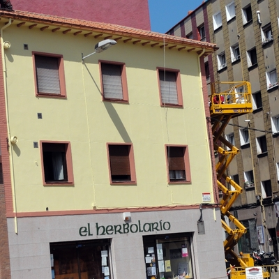Rehabilitación de tejado y  fachada ( Gijón, Calle Zaragoza, 1)