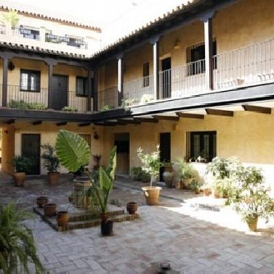 Rehabilitación El Corral Del Horno en Sevilla