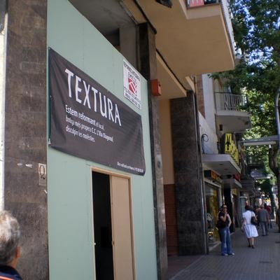 Rehabilitación fachada tienda TEXTURA
