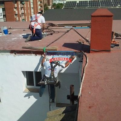 Rehabilitacion y pintura huecos patios.