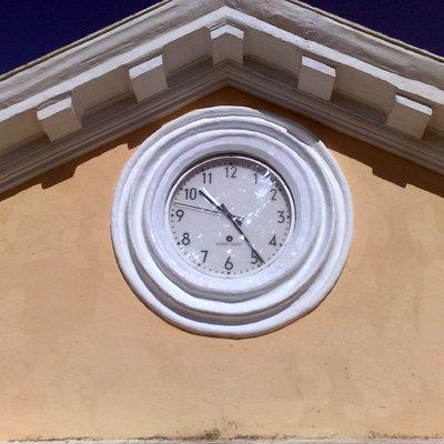 reloj escuela esubo
