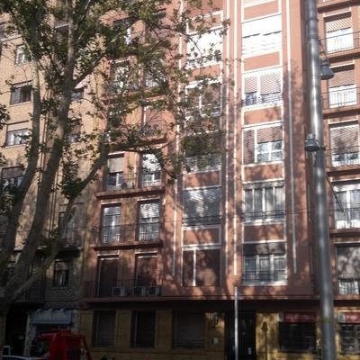 Reparación fachada y pintura en Gran Vía de Zaragoza