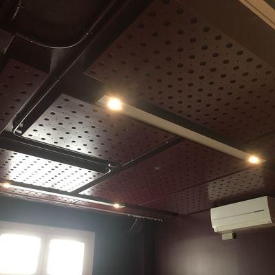 Paneles Perforados en Escuela de música fabricados por DBBASICO