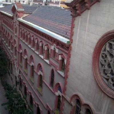 Restauración de fachadas del colegio La Salle Comtal. Barcelona.