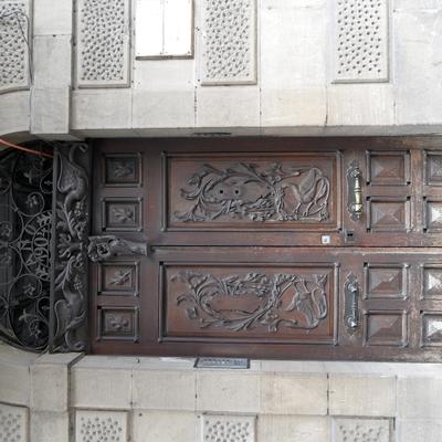 restauración de puerta de 1904