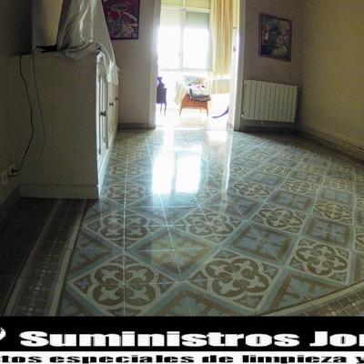 Restauración pavimento de mosaico hidráulico.