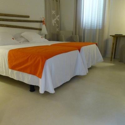 revestimientos cementosos en suelos de habitaciones