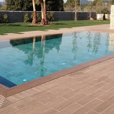 Reforma integral en jardines y piscina