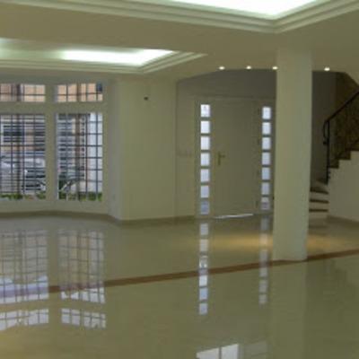 Diseño y Construcción Salón