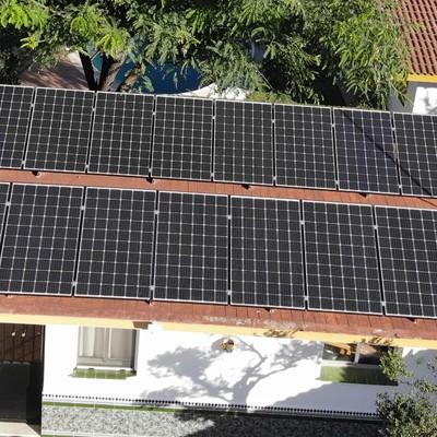 Instalación solar fotovoltaica de autoconsumo para vivienda