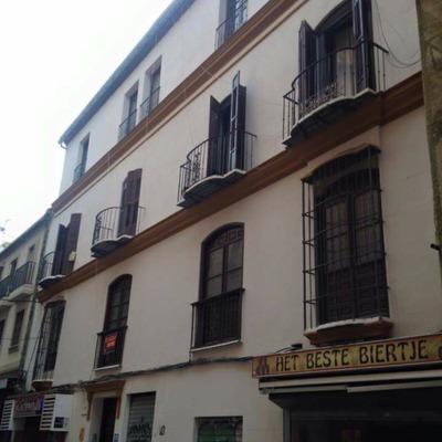 Fachada a C/Trinidad Grund en Malaga