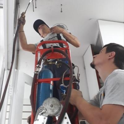 Detección de fuga, reparación,  carga y limpieza #8