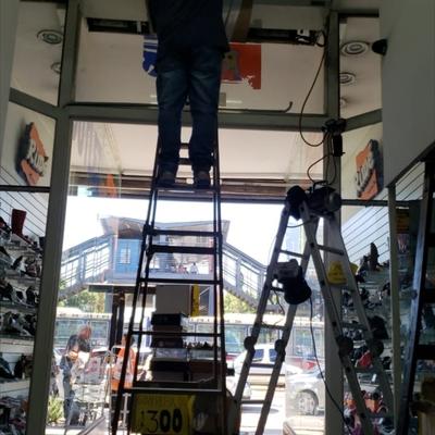 Detección de fuga, reparación,  carga y limpieza #1
