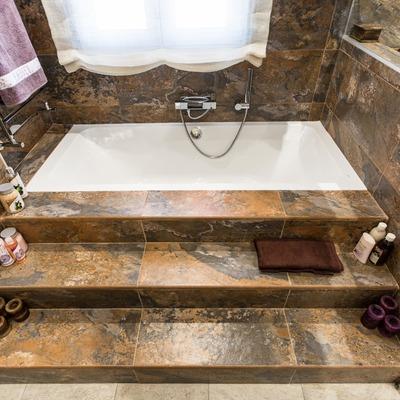 Elegante zona de bañera