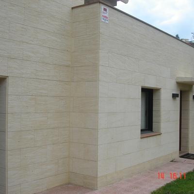marmol en fachada