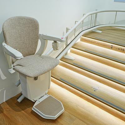 Instalación silla salvaescaleras unifamiliar