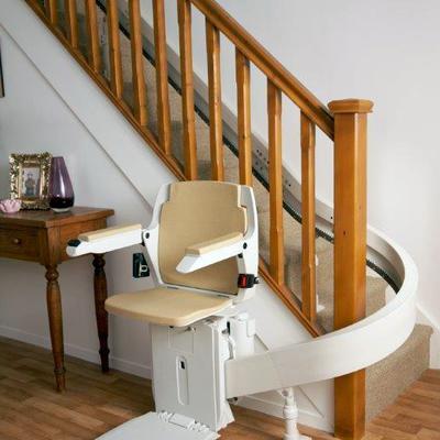 Silla salvaescaleras escaleras con curvas