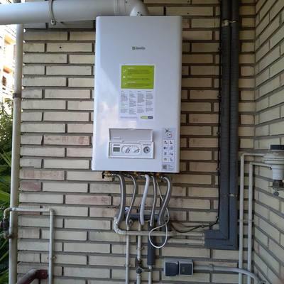 Instalación caldera de gas.