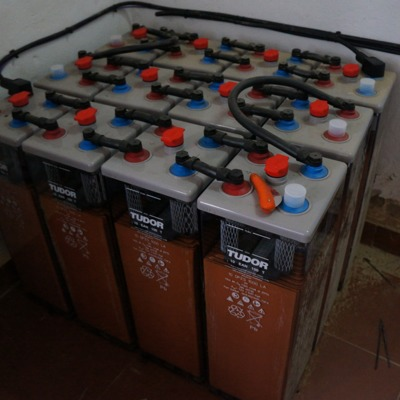 Baterías OPZS para autoconsumo aislado