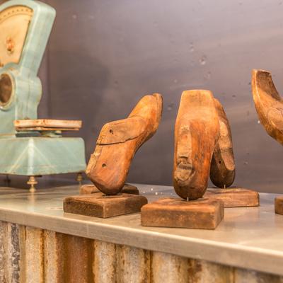 Antigüedades (Hormas de zapato antiguas de madera)