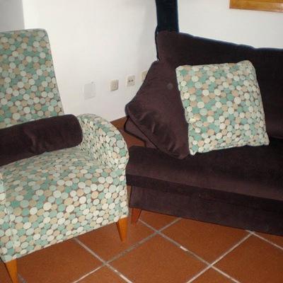 Sofa y butaca tapizado