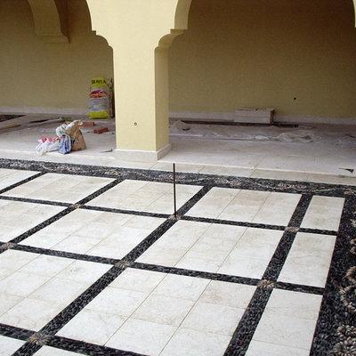 soleria de un patio , combinamos chino cordobes y marmol envejecido