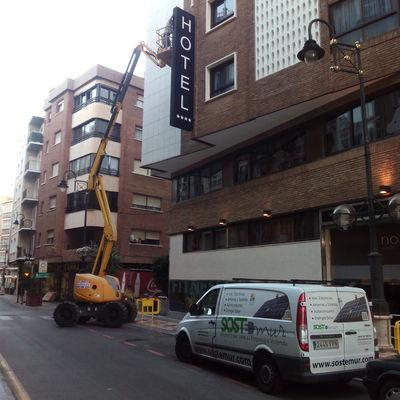 Cambio rótulo a Led Hotel Cartagena
