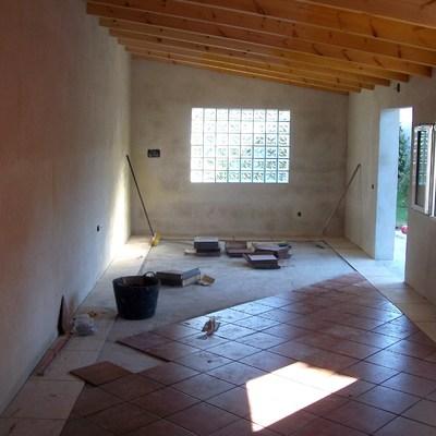 suelo de plaqueta en merendero de 30 m2 nuevo,segun peticion de cliente