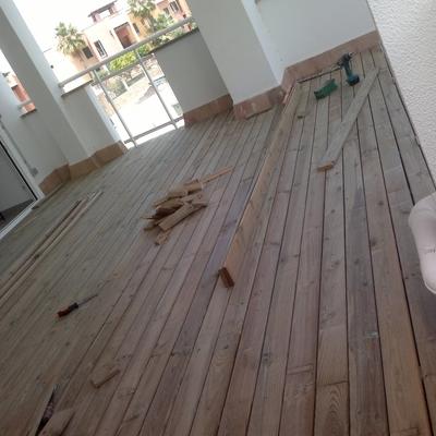 Presupuesto suelo madera exterior online habitissimo - Suelo exterior madera ...