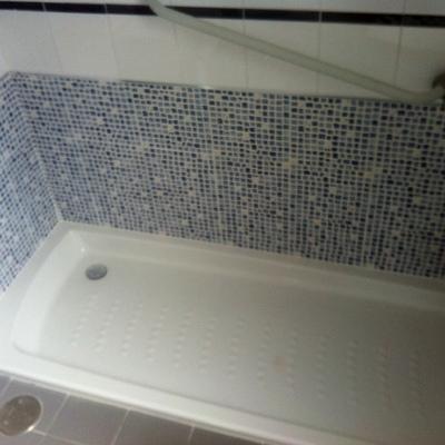 Ideas y fotos de reformas viviendas en fuenlabrada madrid - Sustitucion de banera por plato de ducha ...