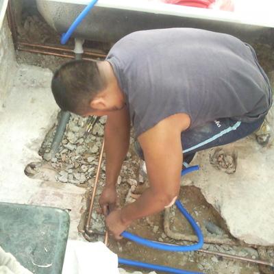 sustitucion de instalacion agua.