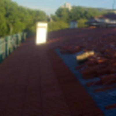 tejado con teja curva