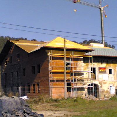Tejado y restauración casa singular