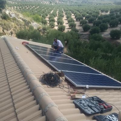 Instalación Solar Aislada en casa rural
